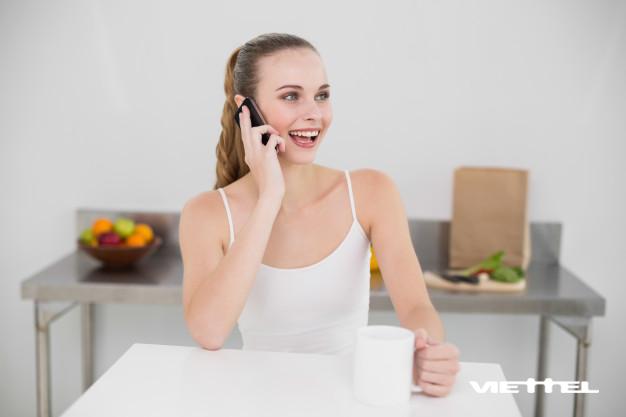Dùng thuê bao trả sau với nhiều ưu đãi gọi thoại, nhắn tin và Data