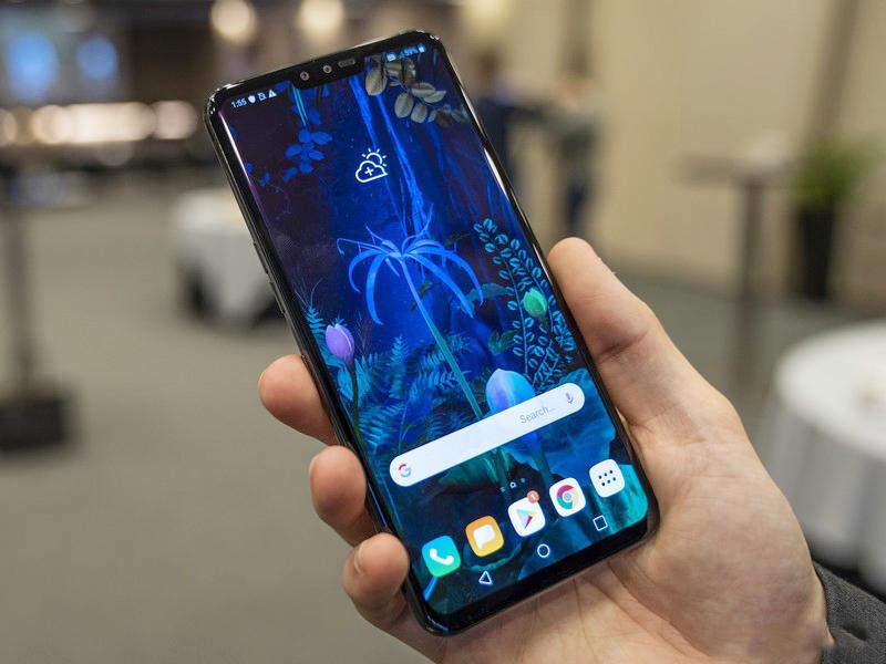Điện thoại hỗ trợ 5G LG V50 ThinQ 5G